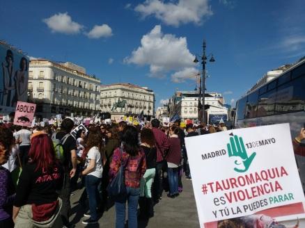 Manifestacion-antitaurina-Madrid-Tauromaquia-Violencia-13-mayo-2017-6